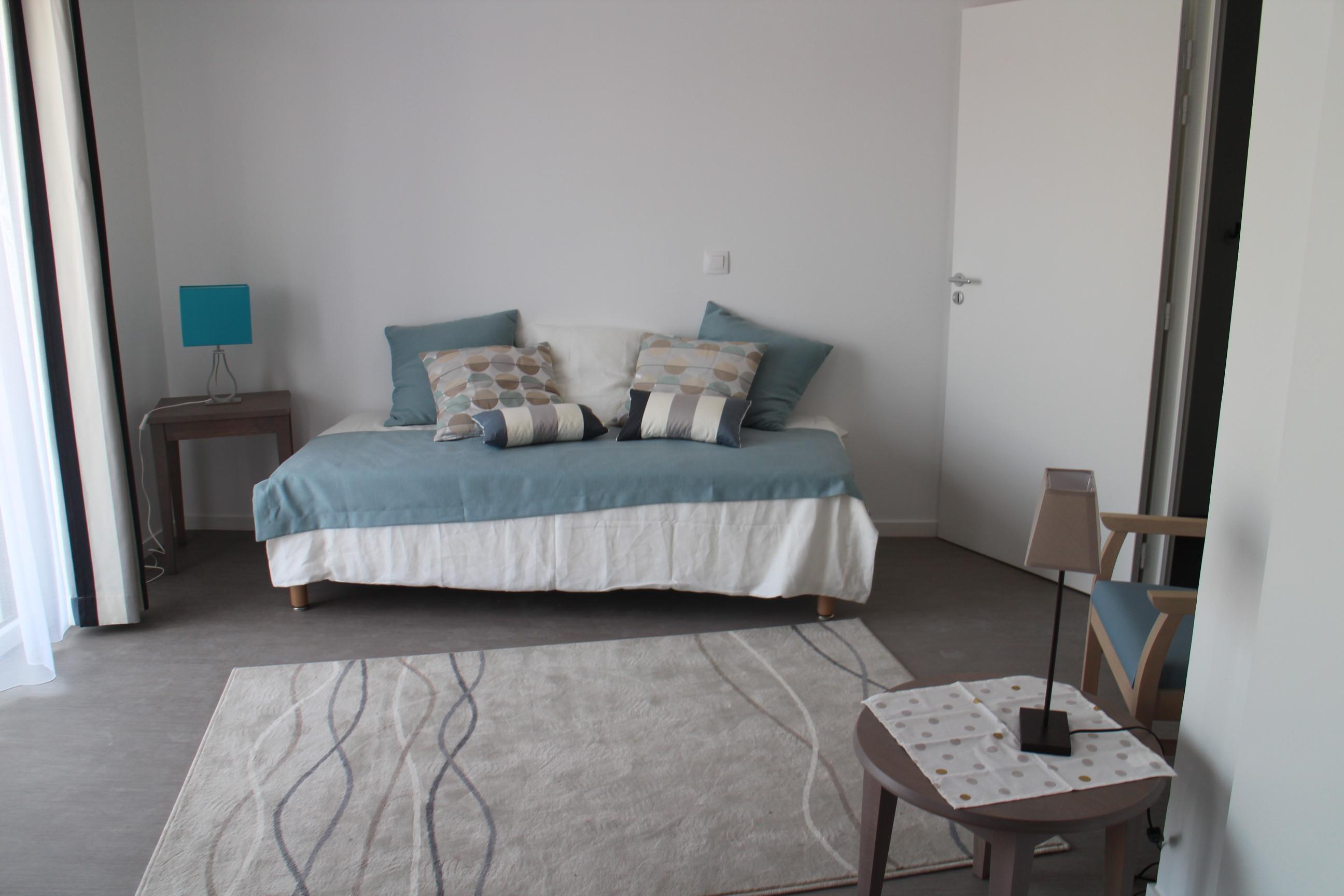 Pourquoi la r sidence services est une alternative la - Acheter une chambre en maison de retraite ...